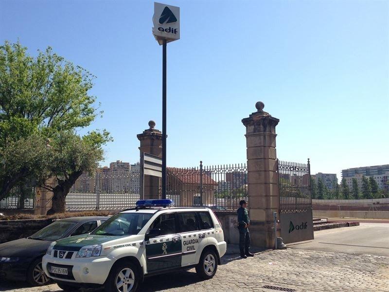Funcionarios de Adif cobraron sobornos en obras del AVE a Barcelona, según la Fiscalía