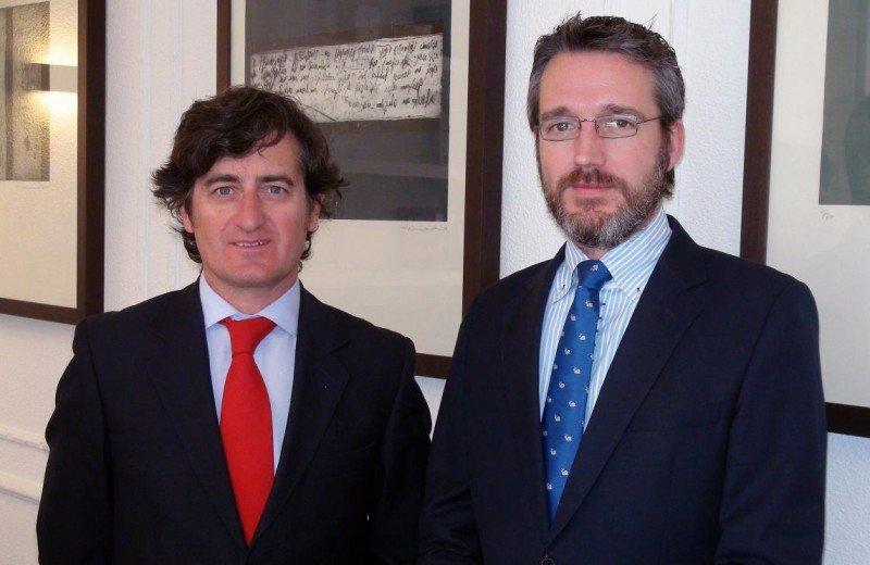 De izq. a dcha, Ramón Garayar, consejero delegado de GAT, e Ignacio Zoco, nuevo director de Operaciones.