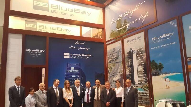 Equipo directivo de Grupo BlueBay y representantes en países de Oriente Medio.
