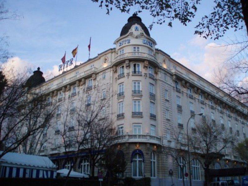 El Ritz podría ser vendido, manteniendo o no su gestión Orient-Express, o dar entrada a un fondo de inversión para su reforma.