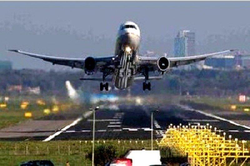 La demanda mundial de transporte aéreo se frena en marzo