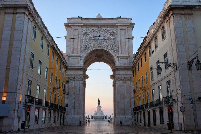 Lisboa se prepara para recibir una afluencia masiva para la final. #shu#.