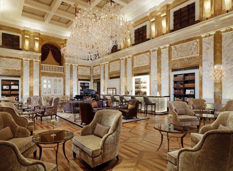 Bar y lounge del Hotel Imperial de Viena.