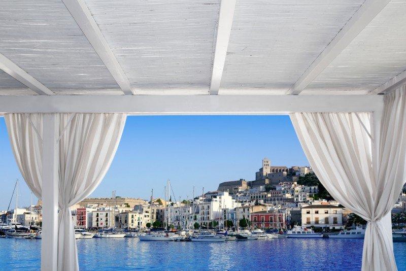 Ibiza es uno de los destinos más demandados desde Reino Unido. #shu#.