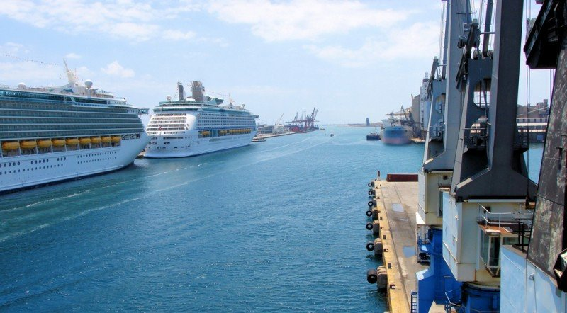 Siete barcos de cruceros se darán cita en Barcelona este domingo. #shu#.