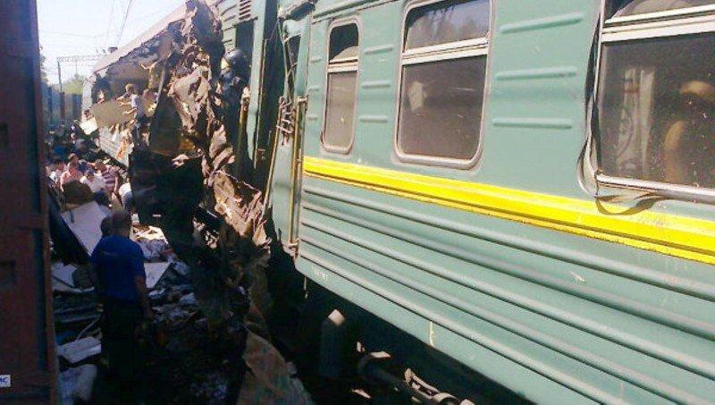 Un choque de trenes en Rusia deja al menos cinco muertos y múltiples heridos