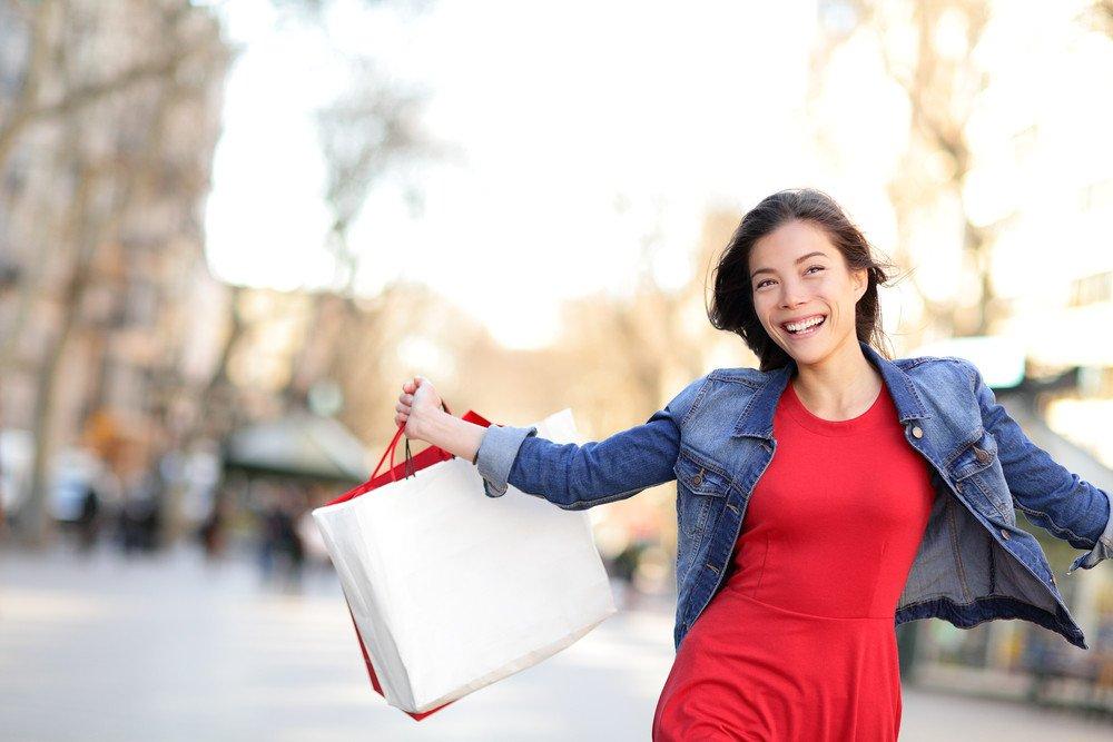 Las compras suponen la principal motivación para los viajes de los turistas chinas. #shu#