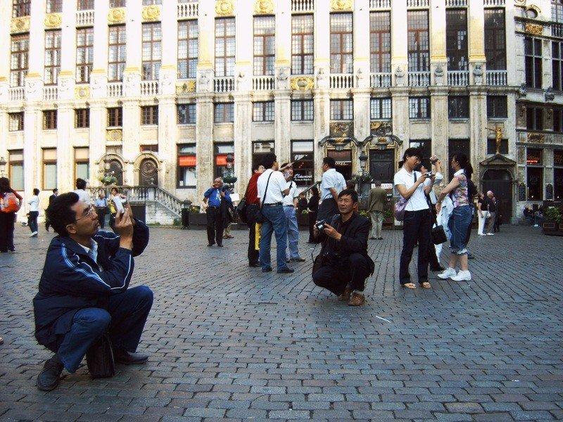 Turistas chinos en Bruselas.