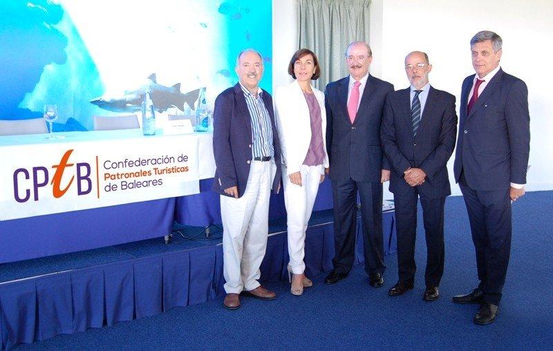Presentación de la nueva Confederación de Patronales Turísticas de Baleares en el Palma Aquarium.