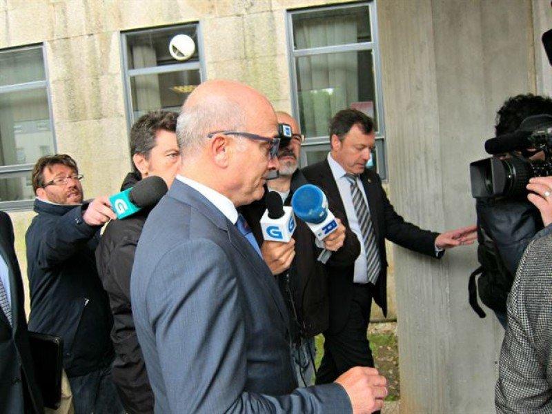 El ex presidente de Adif, Antonio González Marín, acude al juzgado donde ha expresado su negativa a declarar