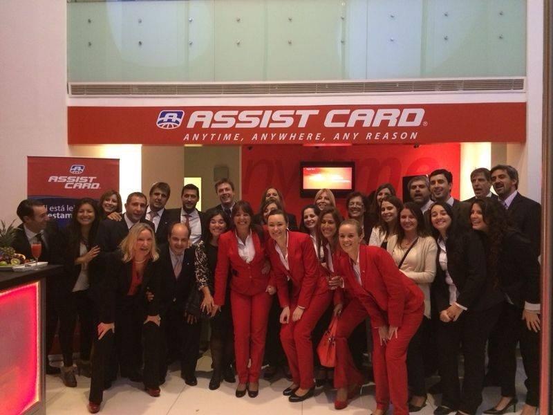 Equipo de Assist Card Uruguay en las nuevas oficinas.