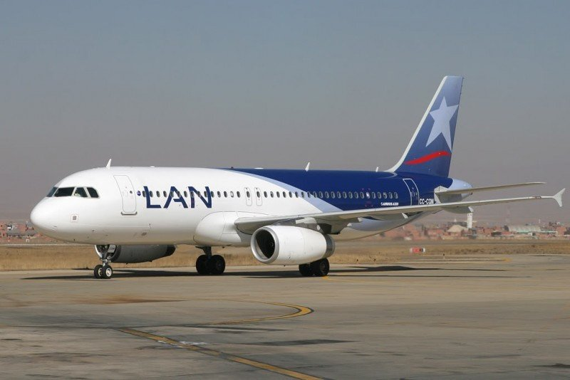 Airbus A320 de LAN Colombia.