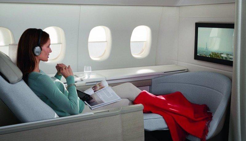 Cada suite tiene tres metros cuadrados, una cama totalmente horizontal y puede aislarse del resto de la cabina ofreciendo absoluta intimidad.