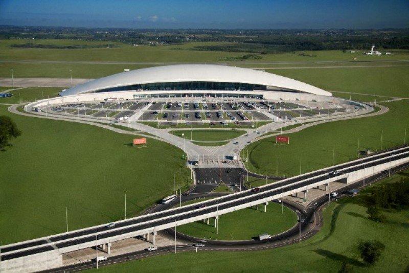 El diseño de Rafael Viñoly para el Aeropuerto de Carrasco se sigue traduciendo en reconocimientos.