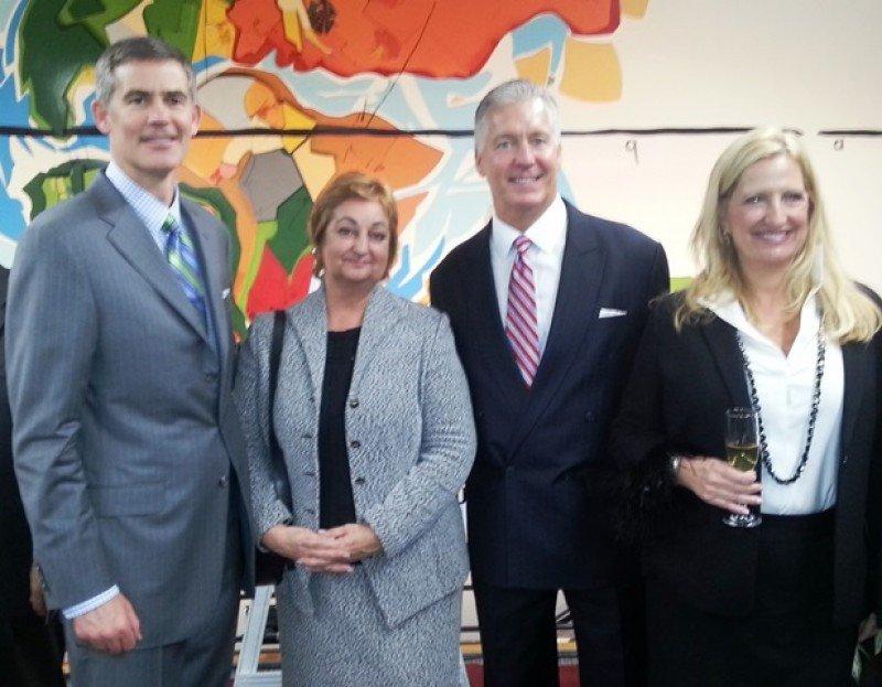 Ministra de Turismo, Liliam Kechichián, junto a ejecutivos de Sabre: Hugh Jones, Jay Jones y Jean Shaw.