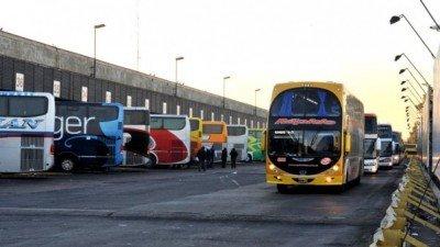 Choferes de ómnibus de Argentina en estado de alerta y movilización