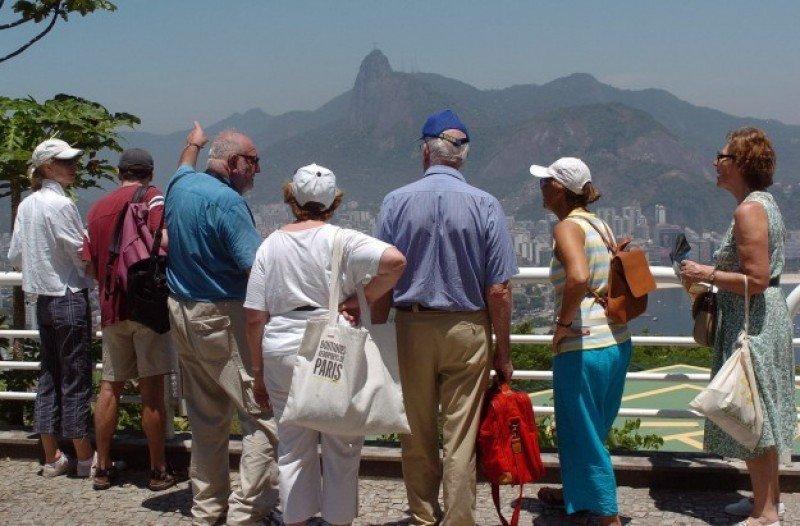 Brasil: saldo negativo en las divisas por turismo del primer cuatrimestre
