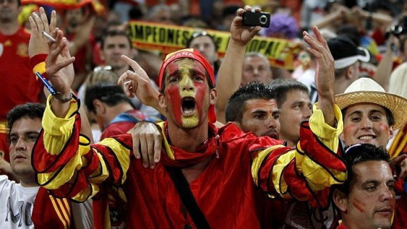 España, defensora de la Copa, arrastrará un buen número de hinchas a Brasil.