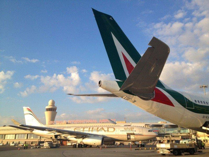 Alitalia da entrada a un nuevo accionista: Etihad Airways