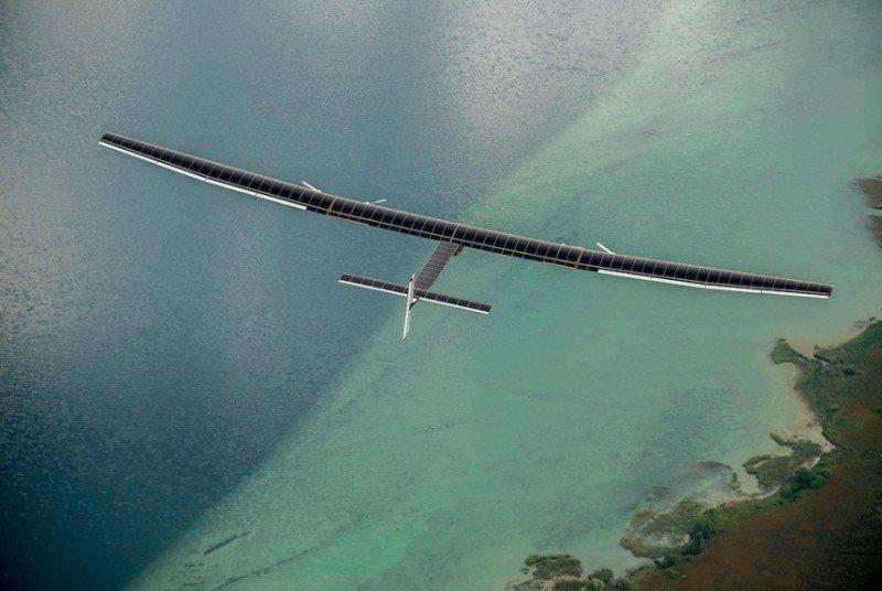 Solar Impulse 2 completa con éxito la primera prueba