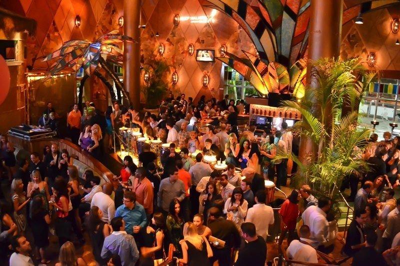 Bongos, un clásico de Miami, con varias sucursales.