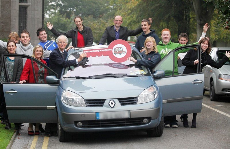 Multas de hasta 600 € a los usuarios de coches compartidos que operen sin licencia