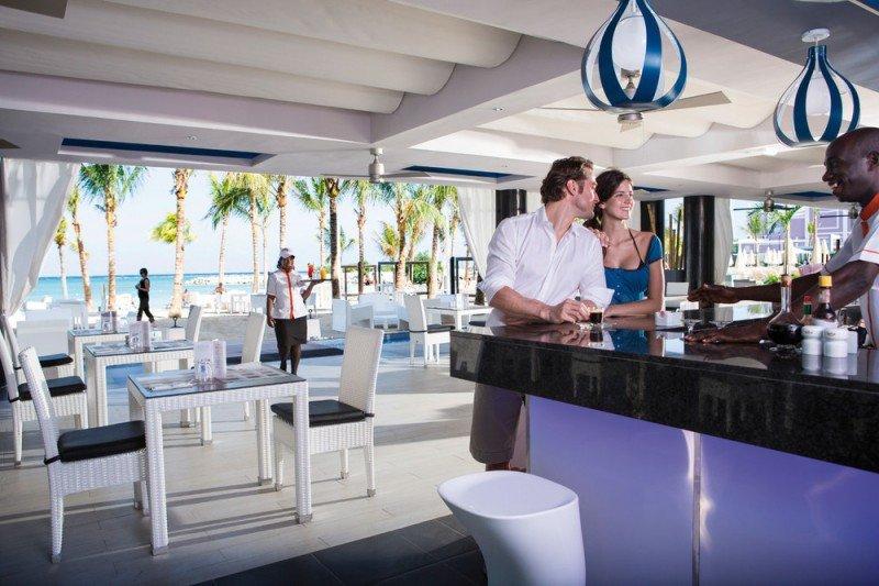 Los hoteles con secciones sólo para adultos cuentan con piscina, bar y restaurante exclusivo para este segmento. En la imagen, el Riu Palace Jamaica.