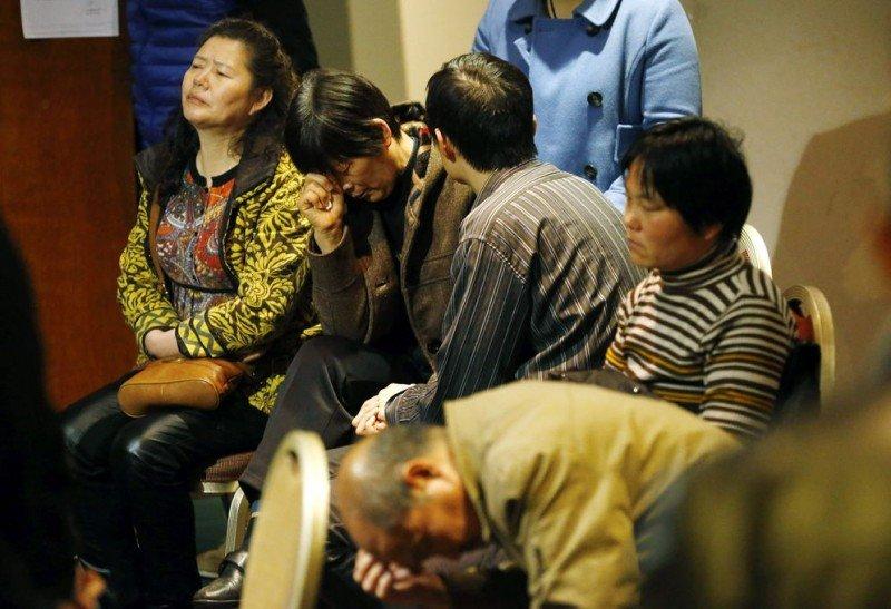 Vuelo MH370: las familias de los pasajeros reciben una compensación inicial de 37.000 €