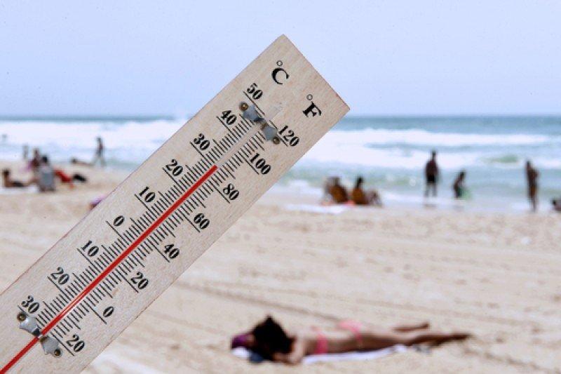 El verano será más cálido en Baleares y la mitad este peninsular. #shu#
