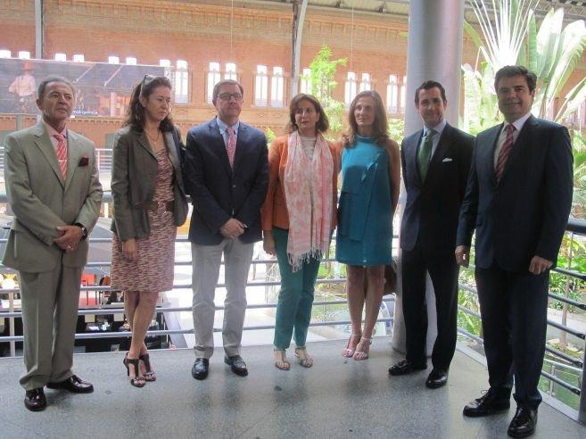 Isabel Borrego estuvo acompañada por la directora de Turespaña y la presidenta de Paradores, además de representantes del sector y entidades públicas.