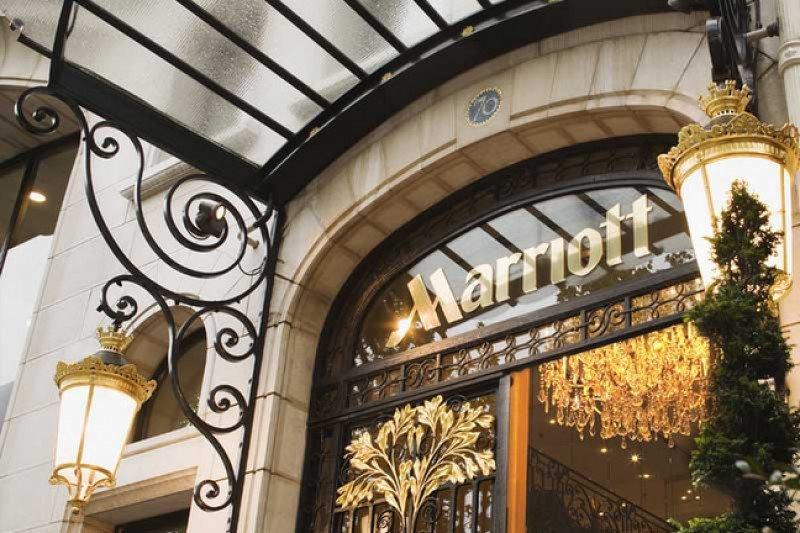 Un fondo chino compra el hotel Marriott de los Campos Elíseos por 344 M €