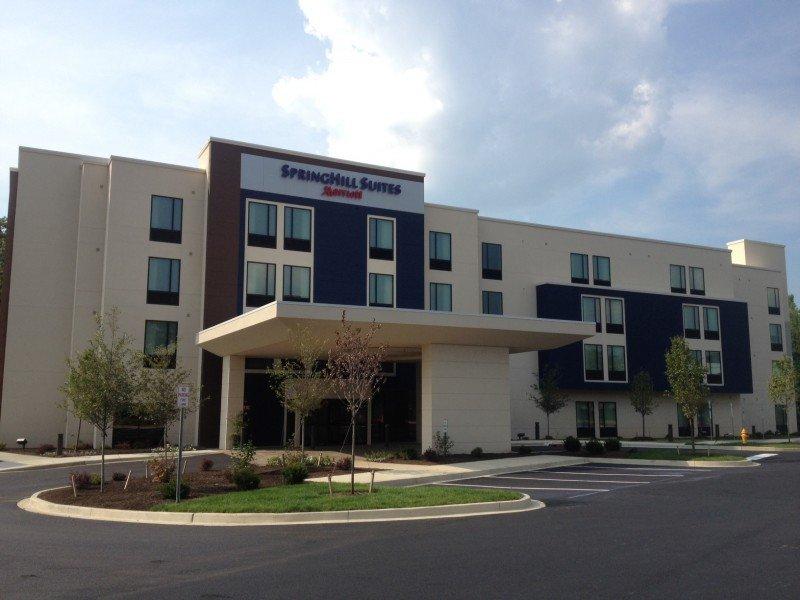 TMI Hospitality aporta 188 hoteles.