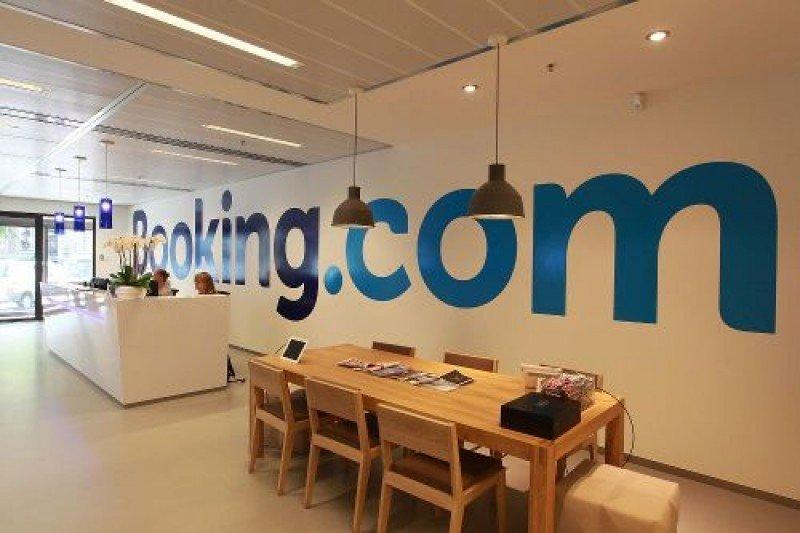 Booking.com lidera el ranking de webs de reservas más populares