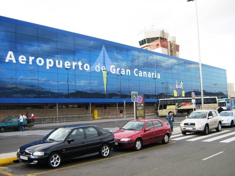 La gestión de los aeropuertos canarios no pasará a manos del Gobierno insular