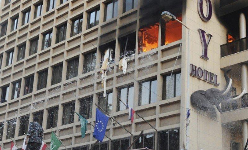 Tres muertos en un atentado suicida en un hotel de Beirut