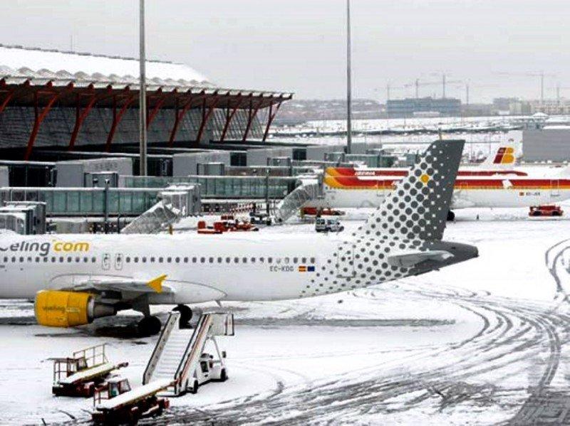 Madrid Barajas sufrió más los embates de las nevadas en los dos últimos inviernos.