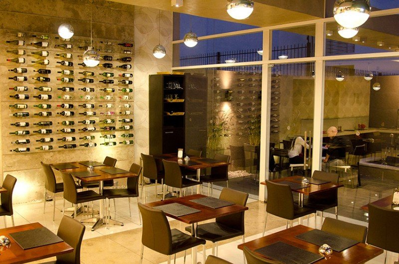 El restaurante, que ofrece degustaciones de vinos nacionales, duplicó sus comensales externos en un año.
