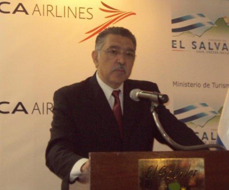 José Napoleón Duarte, ministro de Turismo de El Salvador.