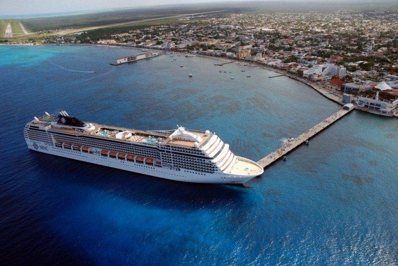 Crucero en el puerto de Cozumel.