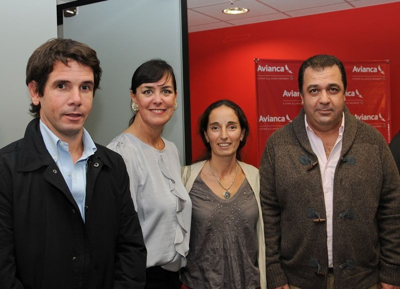 Facundo Casella (Director de agencia Liberty), Carla Calvete (Gerente Comercial de Avianca para Montevideo), Carolina Artagaveytia (Gerente Comercial Viajes Buemes), Alvaro Silva (Gerente Comercial de Travel Lider).