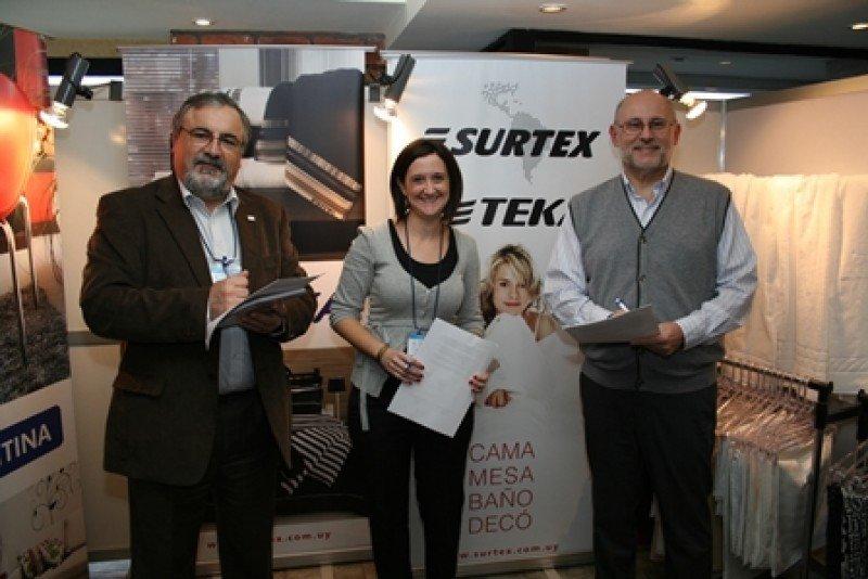 Acuerdo de AHRU con Surtex.