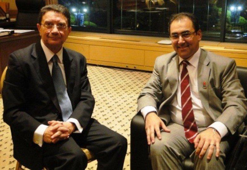 Secretario General de la OMT, Taleb Rifai y el ministro de Comercio, Industria y Turismo de Colombia, Santiago Rojas.