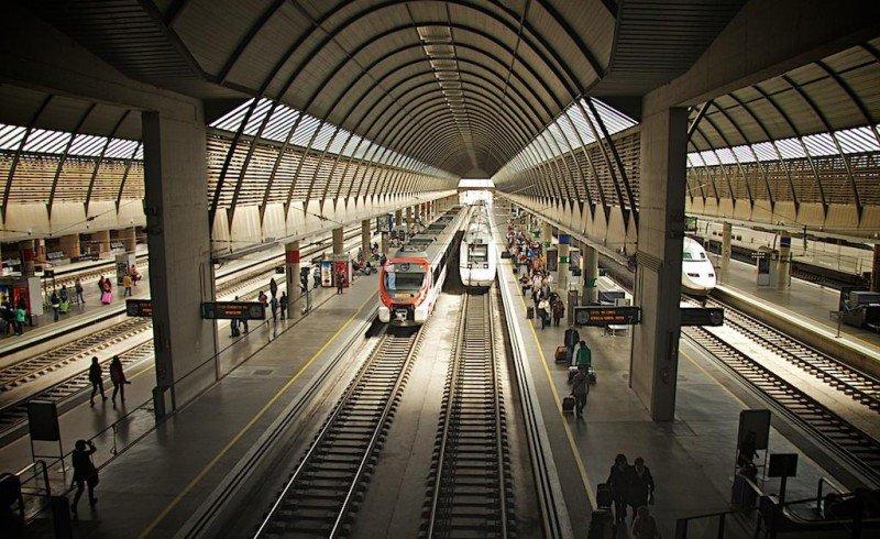 AVE a Sevilla, Estación de Santa Justa.