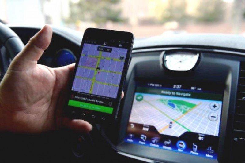 Las autoridades londinenses del transporte terrestre no consideran que pueda considerarse un taximetro la aplicación móvil que utilizan los conductores de UBer para calcular los precios del servicio.