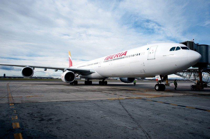 El A340 con la nueva marca y la snuevas cabinas.