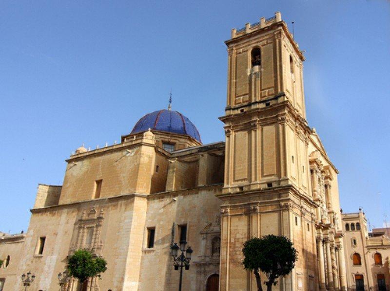 Basílica de Santa María, Elche. #shu#