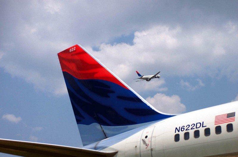 Delta recorta a partir de agosto el 86% de sus vuelos a Venezuela