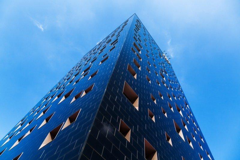 NH Hotel Group comienza la cotización de nuevas acciones en el marco de su acuerdo con Intesa Sanpaolo sobre su filial en Italia (imagen Shutterstock).