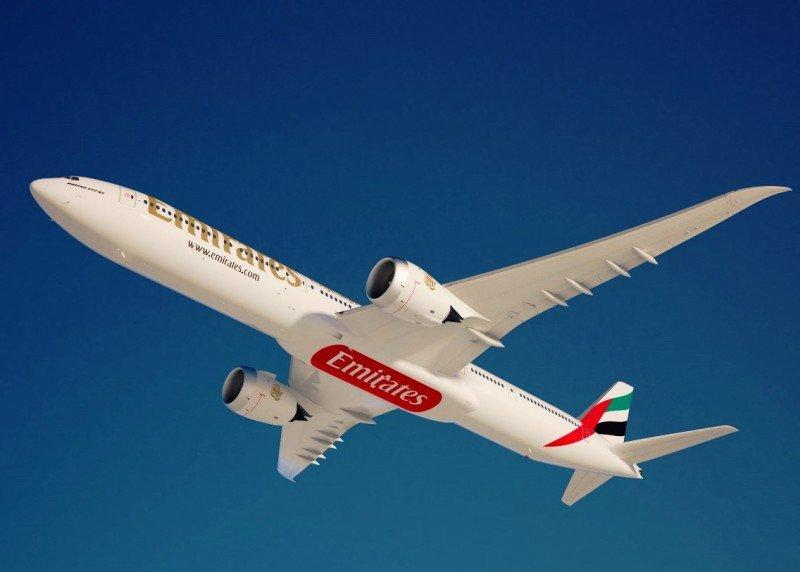 Boeing y Emirates cierran la compra de 150 aviones del nuevo B777X