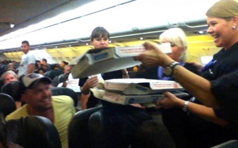 Con pilotos así no habría reclamaciones a las aerolíneas (Foto de Logan Marie Torres).